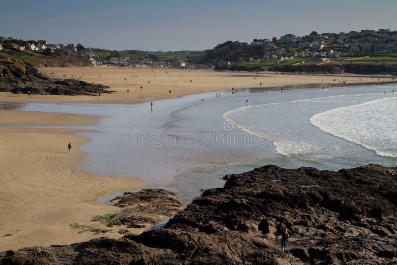 Praia de Polzeath em Cornualha imagem de stock royalty free