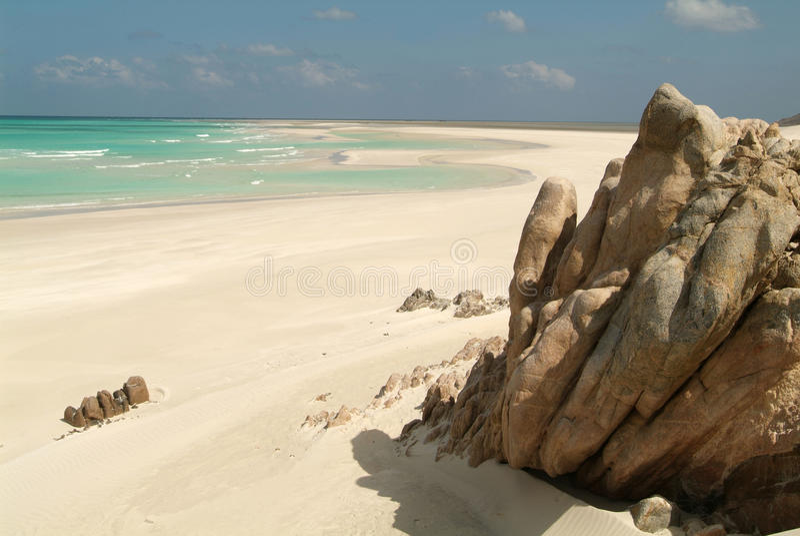A praia de Qalansiya no console de Socotra fotografia de stock royalty free