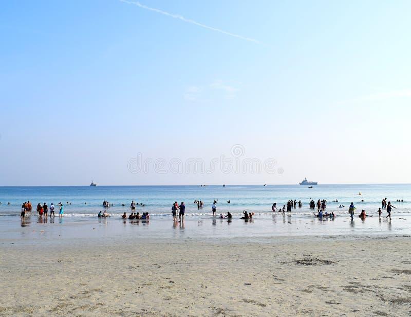Praia de Radhanagar, ilha de Havelock, Andaman & Nicobar, Índia - praia aglomerada imagens de stock royalty free