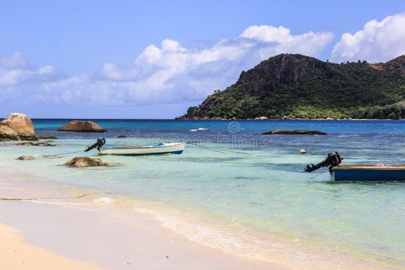 Praia de Seychelles Praslin Anse Boudin imagem de stock