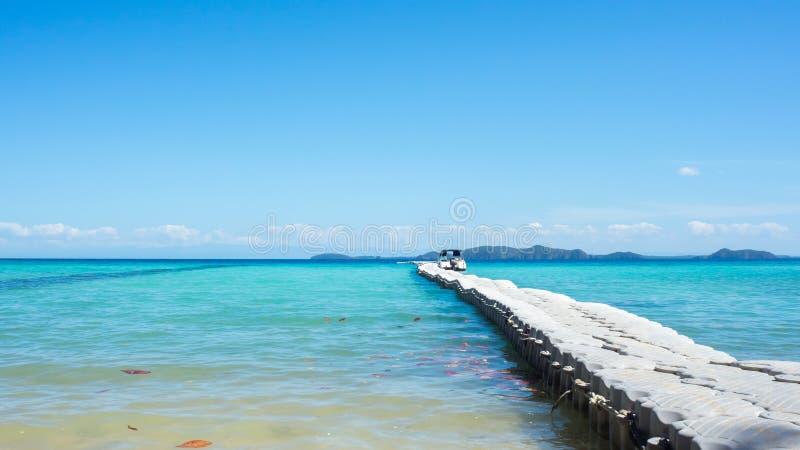 Download Praia de Tailândia imagem de stock. Imagem de doca, console - 65580707