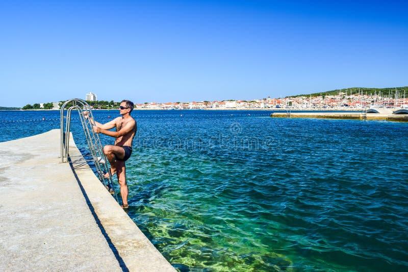 A praia de Vodice, Croácia fotos de stock royalty free