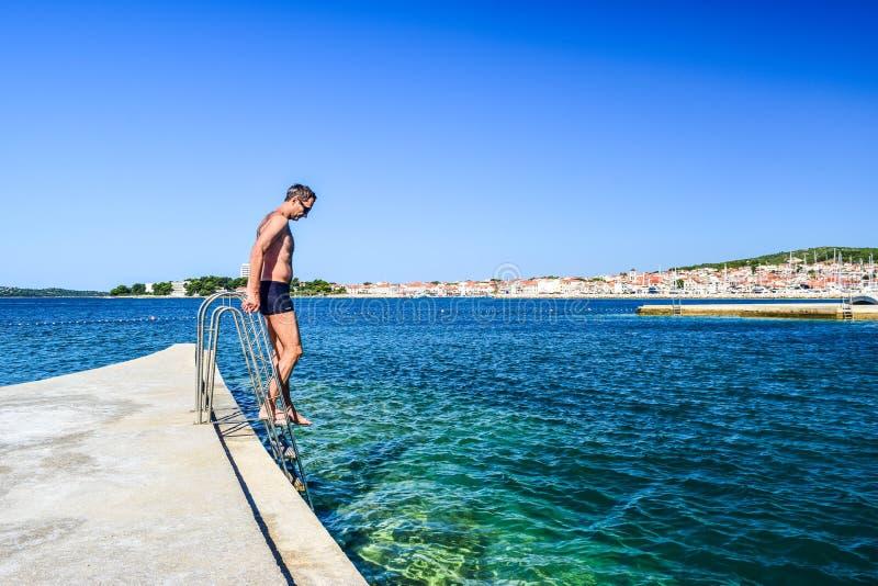 A praia de Vodice, Croácia fotos de stock