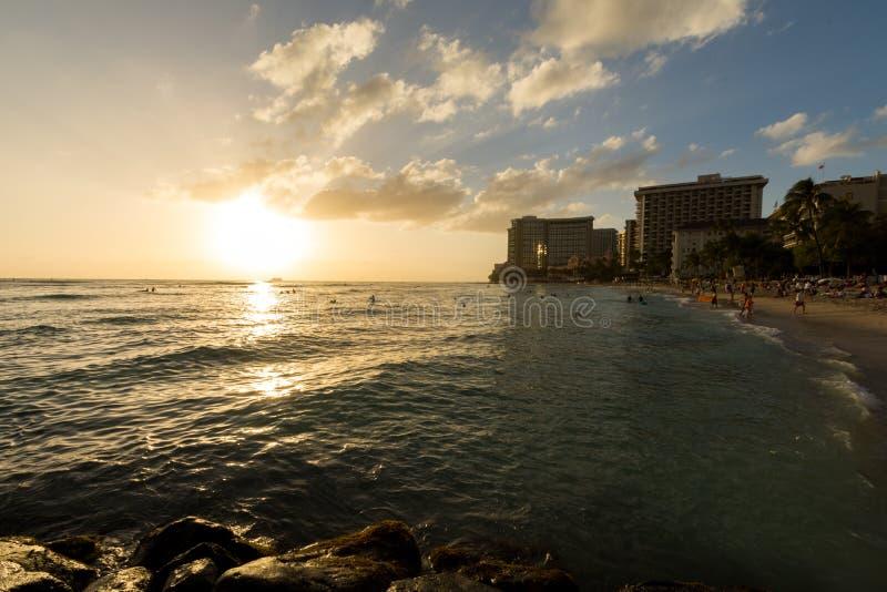 Praia de Wakiki em Honolulu imagem de stock royalty free