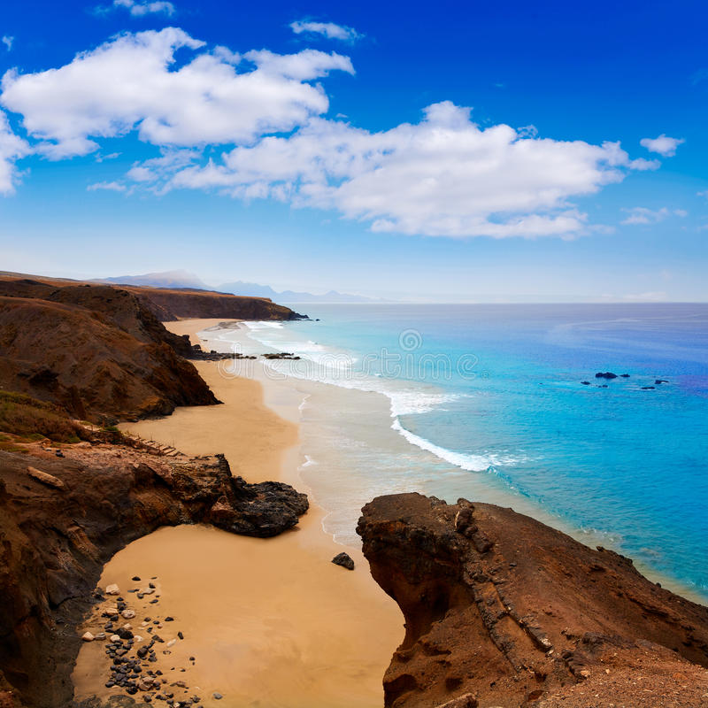 Praia descascada La de Fuerteventura em Ilhas Canárias fotos de stock
