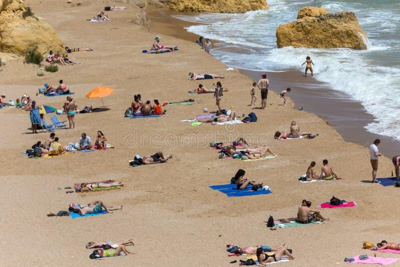 Praia doña Ana imagenes de archivo