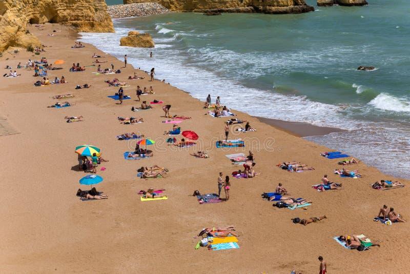 Praia doña Ana imagen de archivo libre de regalías