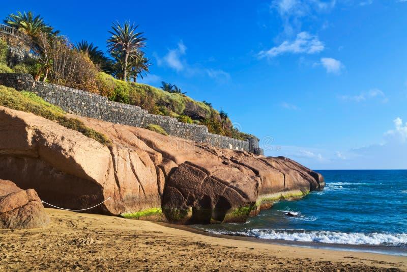 Praia do EL Duque em Costa Adeje em Tenerife fotos de stock royalty free