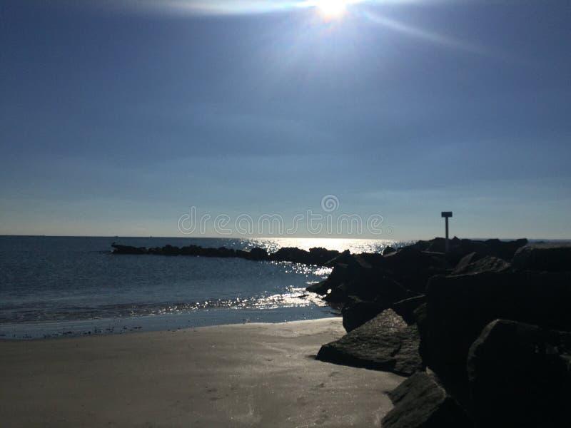 Praia do inverno imagens de stock