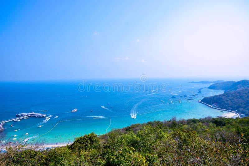 Praia do larn do Koh de Tailândia imagens de stock royalty free