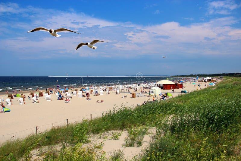 Praia do mar Báltico em Swinoujscie, Polônia imagem de stock royalty free