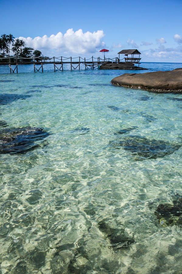 Praia do mar na ilha de Samed, Tailândia imagens de stock royalty free