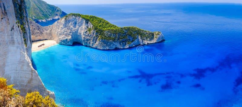 Praia do naufrágio de Zakynthos Panorama da baía de Navagio sem os barcos foto de stock royalty free