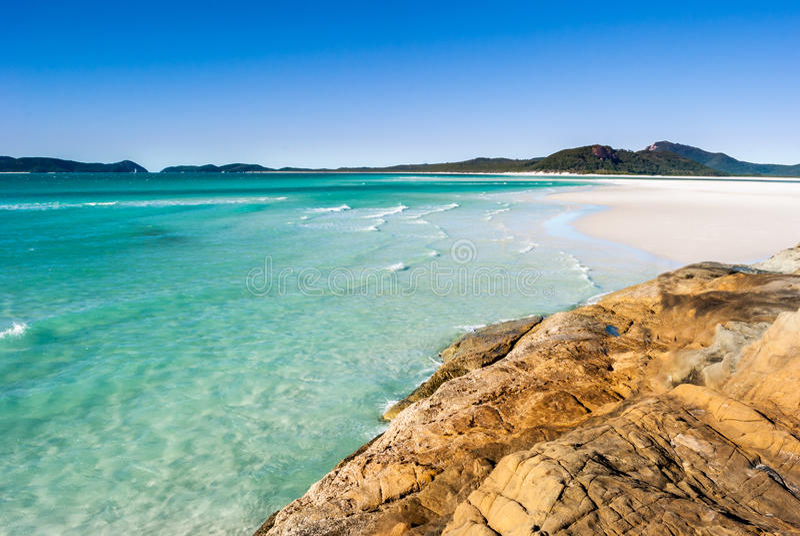 Praia do paraíso (ilhas do domingo de Pentecostes, Austrália) fotografia de stock royalty free