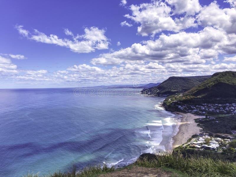 Praia do parque de Stanwell em Wollongong, Austrália imagem de stock