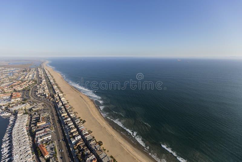 Praia do por do sol e estrada da Costa do Pacífico em Califórnia do sul fotos de stock royalty free