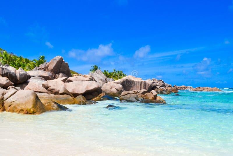 Praia do sonho de Seychelles fotos de stock royalty free