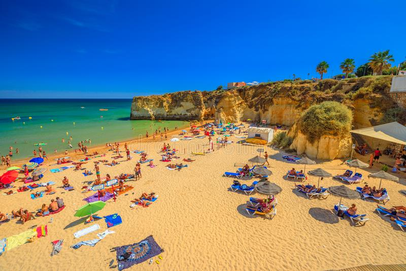 Praia Dona Ana Lagos fotos de stock royalty free