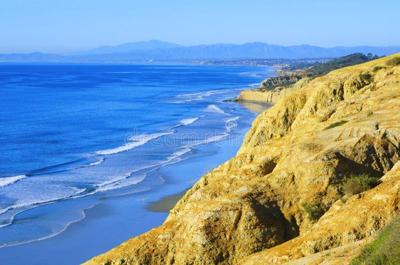 Praia dos pinhos de Torrey (Califórnia do sul) fotografia de stock
