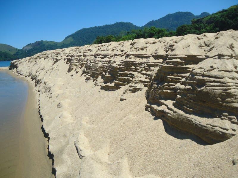 Praia e areia fotos de stock