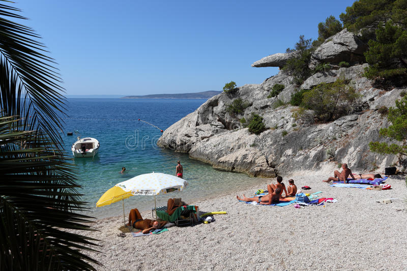 Praia em Brela, Croatia fotografia de stock royalty free