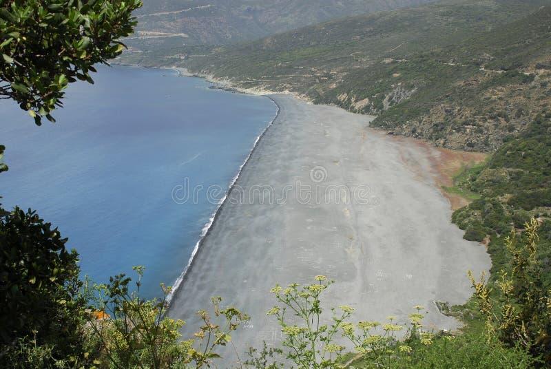 Download Praia em Córsega imagem de stock. Imagem de console, ambiente - 10060183