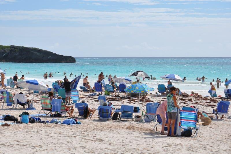 Praia em ferradura da baía em Bermuda foto de stock