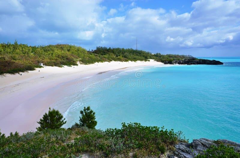 Praia em ferradura da baía em Bermuda fotos de stock