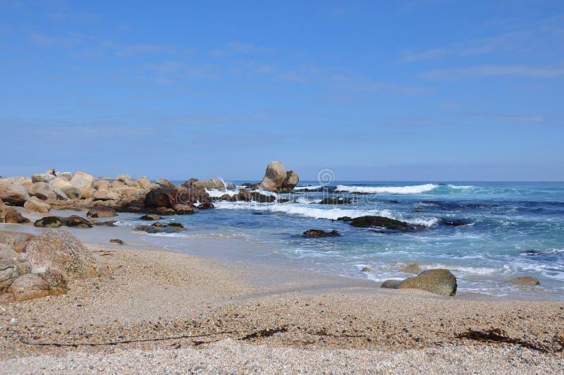 Praia em Isla Negra, o Chile imagens de stock