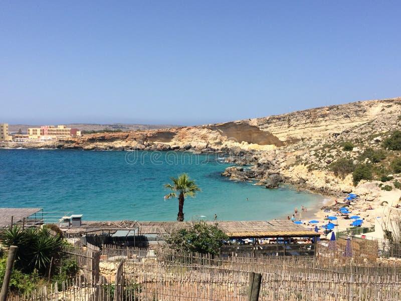 Praia em Malta imagens de stock royalty free