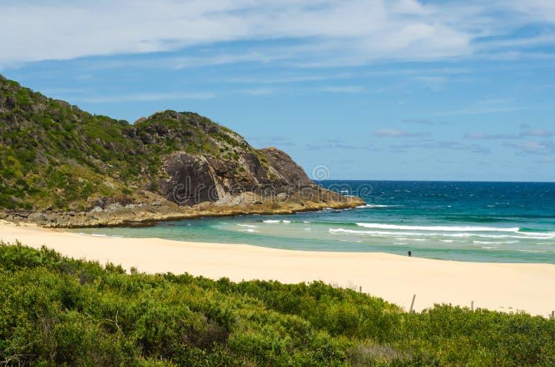 Praia em NSW, Austrália do Bumerangue imagem de stock