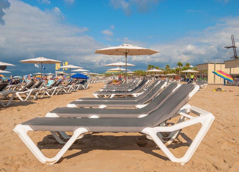 A praia em Salou na Espanha fotografia de stock