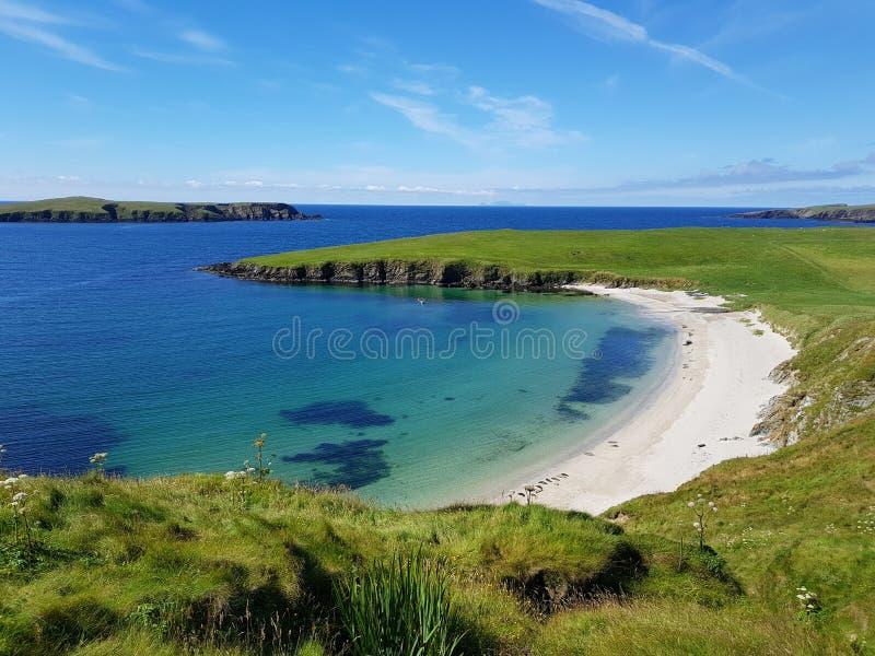 Praia em Shetland fotografia de stock