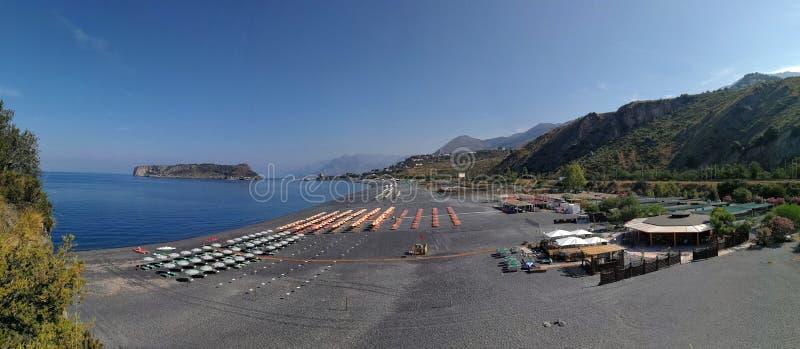 Praia en sto - överblick av kusterna av Fiuzzi royaltyfri foto