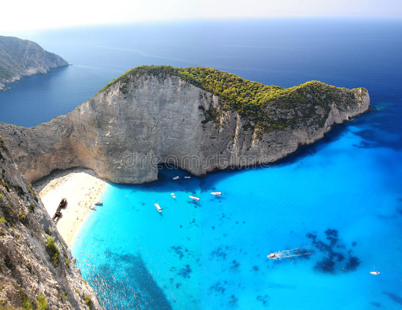Praia famosa de Navagio, Zakynthos, Greece imagens de stock royalty free
