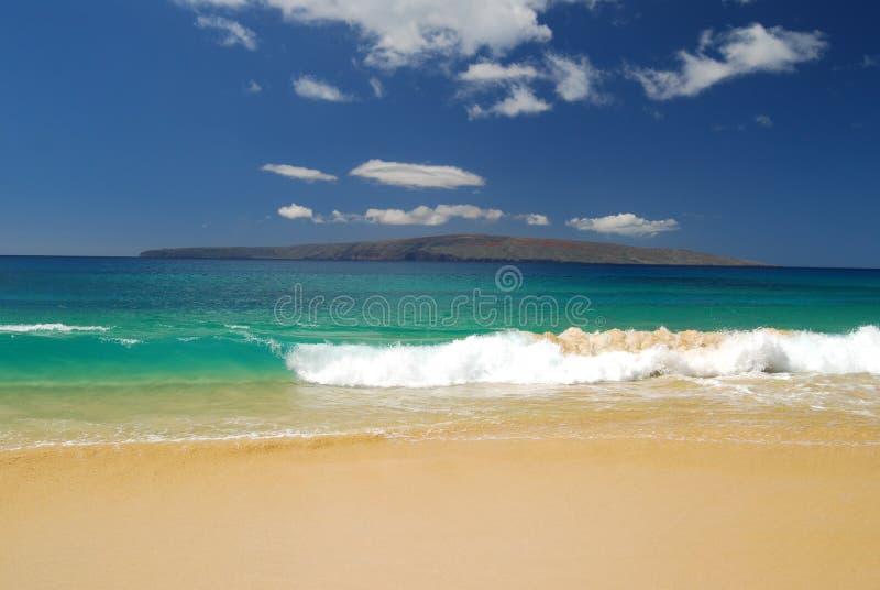 Praia grande em Maui. fotografia de stock royalty free