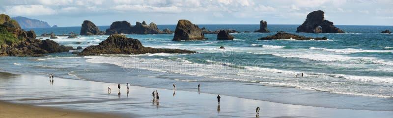 Praia indiana no parque estadual de Ecola, imagens de stock