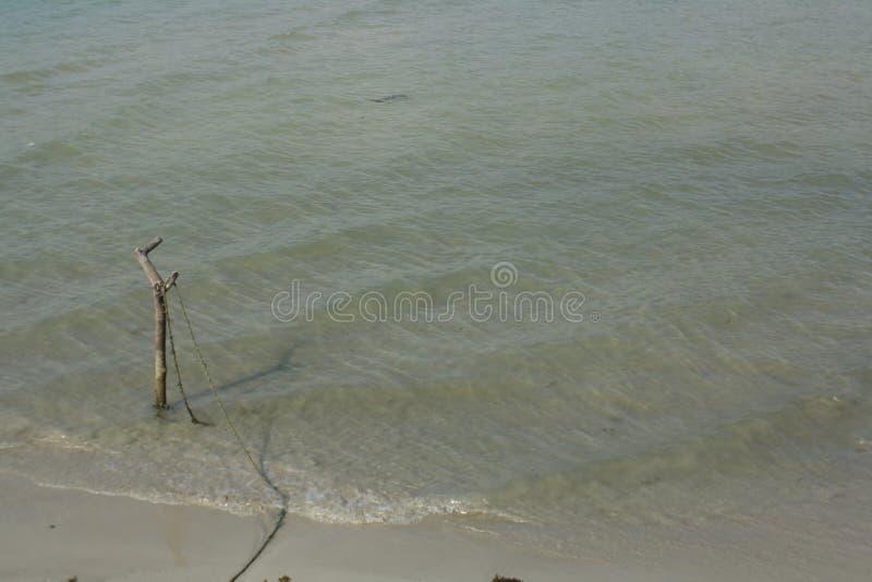 Praia indonésia imagens de stock