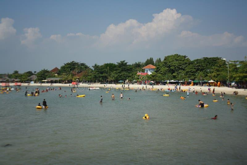 Praia indonésia fotografia de stock