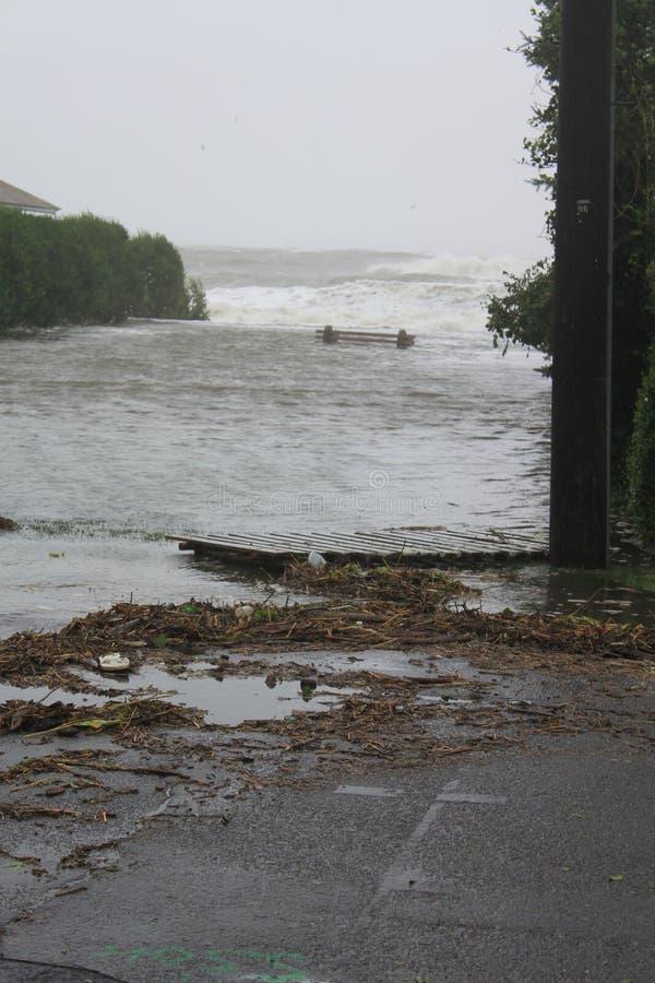 Praia inundada imagens de stock
