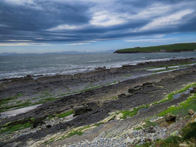 Praia irlandesa imagem de stock royalty free
