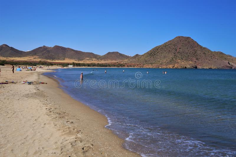 Praia Los Genoveses de Nijar, Almeria imagens de stock