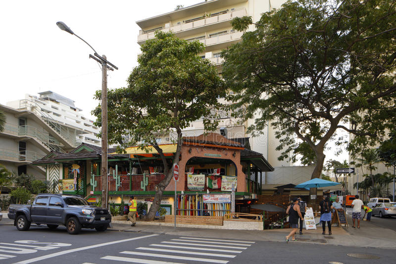 Praia mexicana Honolulu Havaí de Waikiki do bar e grill fotografia de stock