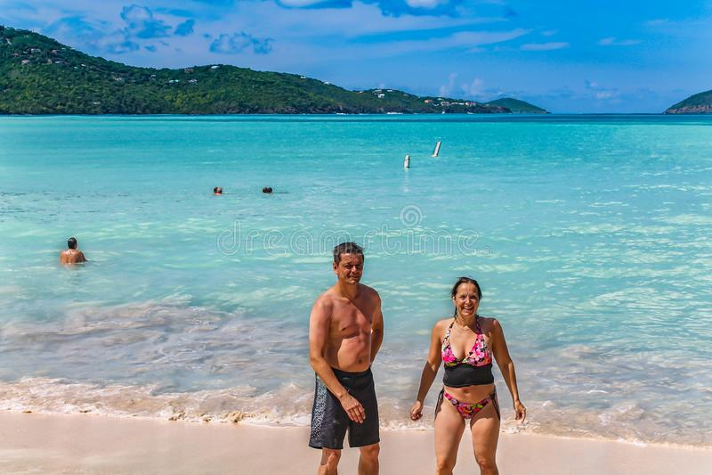 A praia na baía de Magens em St Thomas - ilha de Virgin dos E.U. fotos de stock royalty free
