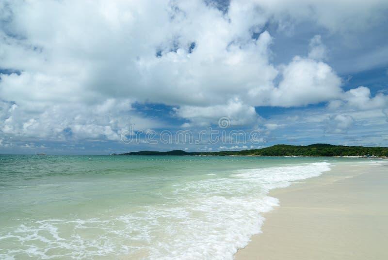 A praia na ilha de Samed em Tailândia fotografia de stock