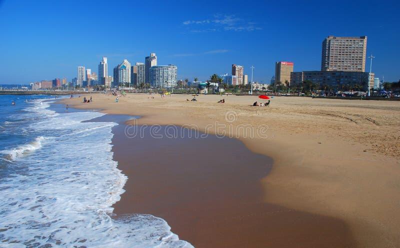 Praia norte durban Kwazulu Natal, África do Sul imagem de stock