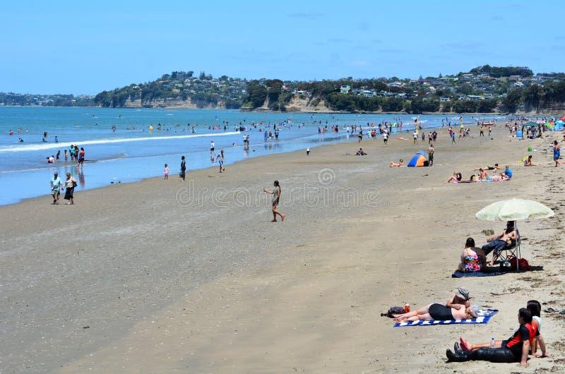 Praia Nova Zelândia de Orewa imagens de stock royalty free