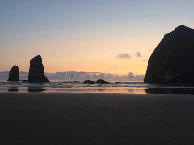 Praia Oregon do canhão fotografia de stock royalty free