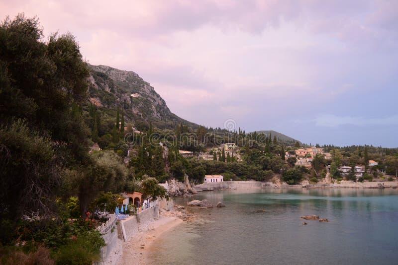 Praia Paleokastritsa de Platakia fotos de stock royalty free