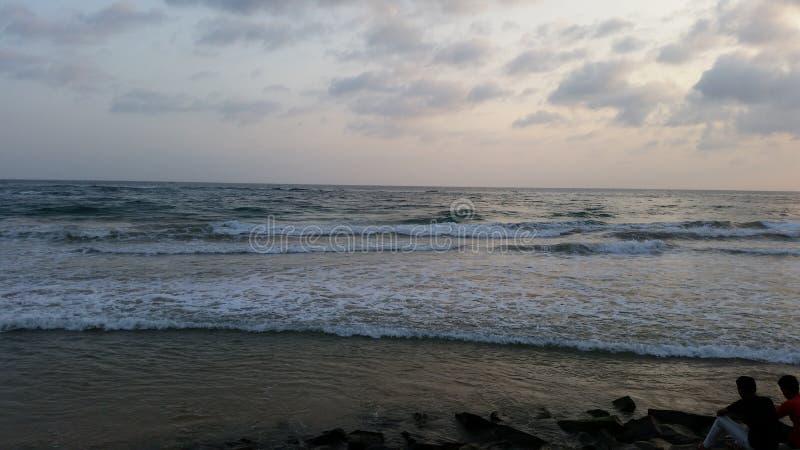 Praia para baixo sul em Sri Lanka imagem de stock royalty free